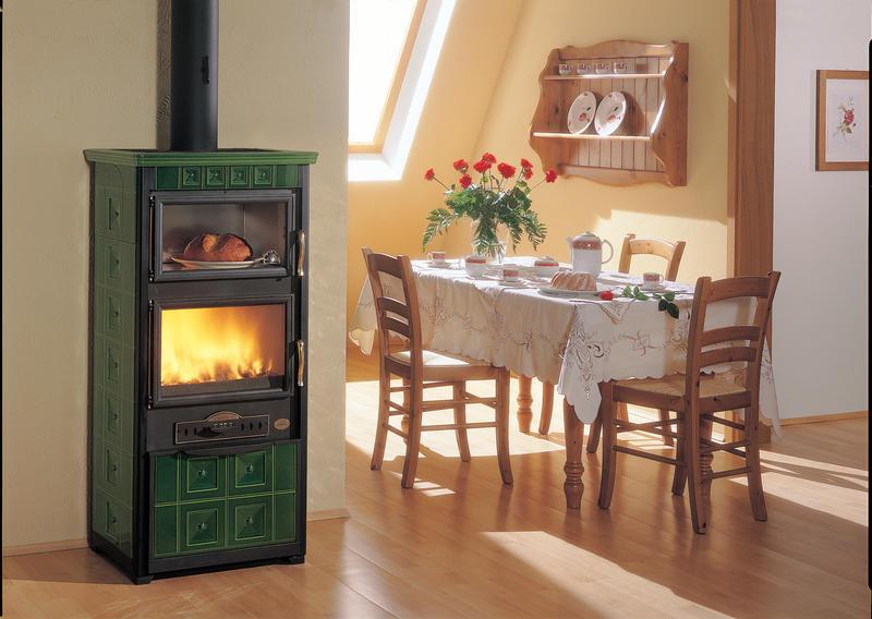 Vendita stufe caminetti e cucine a legna a roncade treviso - Stufa a metano con canna fumaria ...
